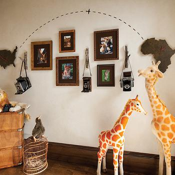 Betty Lou Phillips - boy's rooms - safari room, safari kids room, safari boys room, safari boys bedroom, safaris kids bedroom, usa clock, africa clock,