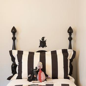 Leo Designs Chicago - boy's rooms - black and white kids room, black and white boys room, black and white bedding, kids bedding, black and white striped bedding, black and white duvet, black and white striped duvet, glossy black bed, black 4 poster bed, glossy black bed,