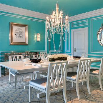 The St Regis New York - dining rooms - tiffany blue, tiffany blue rooms, tiffany blue dining room, tiffany blue ceiling, tiffany blue ceiling, wall moldings, dining room moldings, dining room chair rail, chair rail, chair rail dining room, antiqued mirrored table, antiqued mirrored sideboard, lattice dining chairs, lattice back chairs, lattice back dining chairs, white lattice chairs, white lattice dining chairs, white dining table, white beaded chandelier, geometric rug,