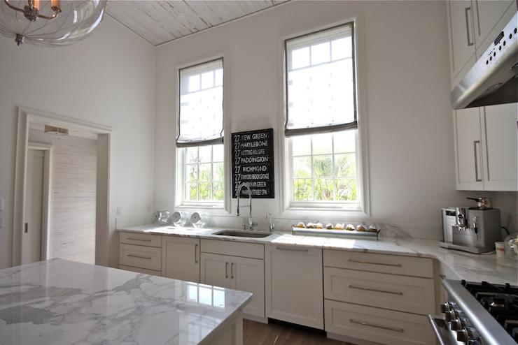 High Ceiling Kitchen Cottage Kitchen Beach Brights