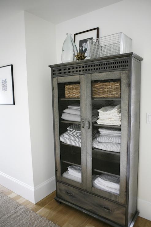 h2 design and build bedrooms linen cabinet hallway linen cabinet