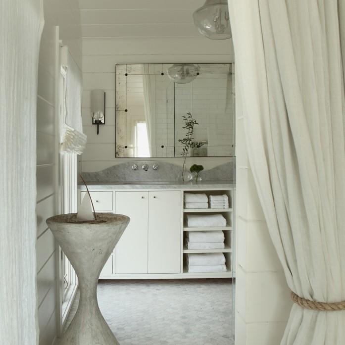 Gate - bathrooms - cottage bath, cottage bathroom, white cottage bath ...
