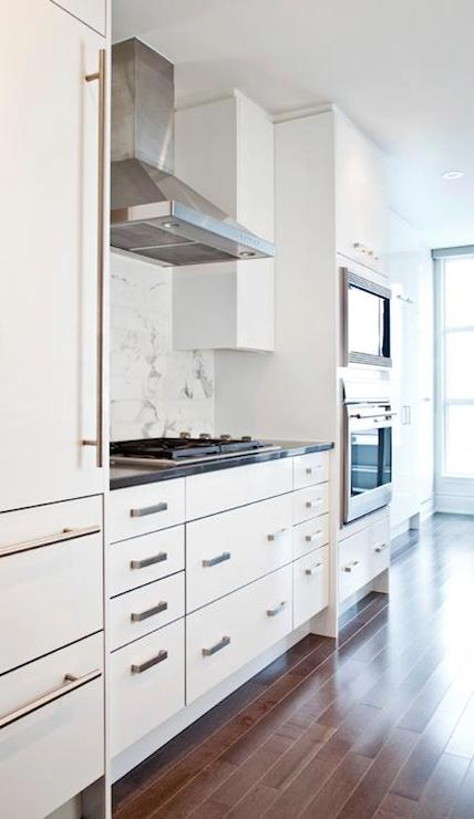 Modern kitchen cabinets contemporary kitchen for White kitchen cabinets with brushed nickel hardware