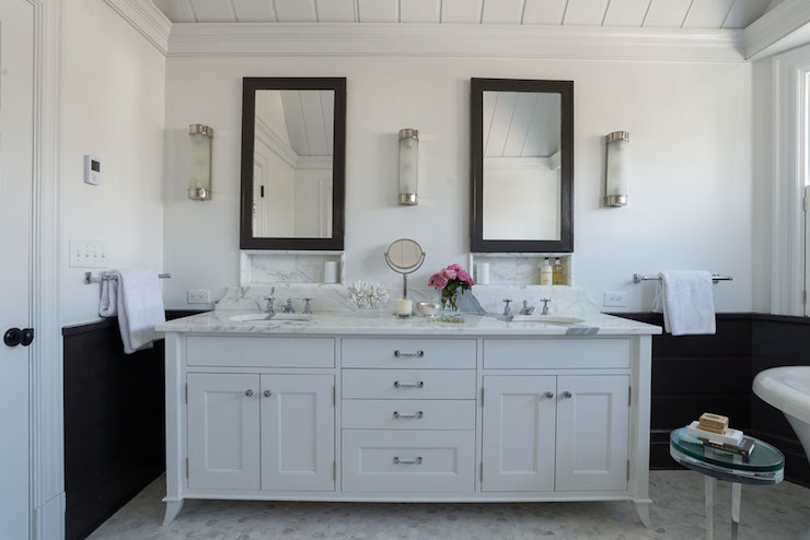 Black And White Walls Transitional Bathroom Alisberg