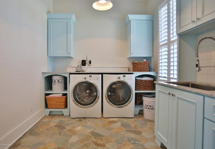 Flagstone Tiled Floor Transitional Laundry Room