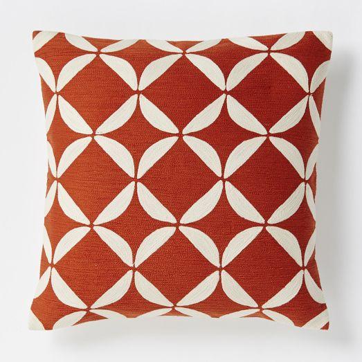 crewel circlet pillow cover cayenne west elm. Black Bedroom Furniture Sets. Home Design Ideas