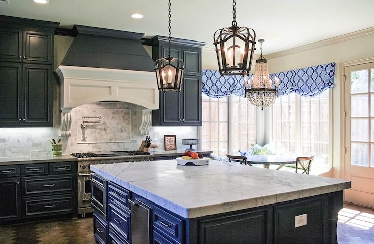 Navy Blue KItchens - French - kitchen - Cote de Texas