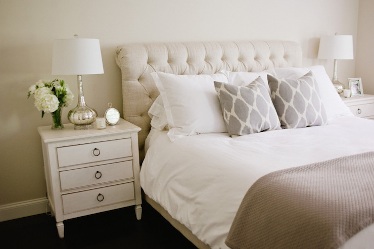 Chesterfield Sleigh Bed Transitional Bedroom Style
