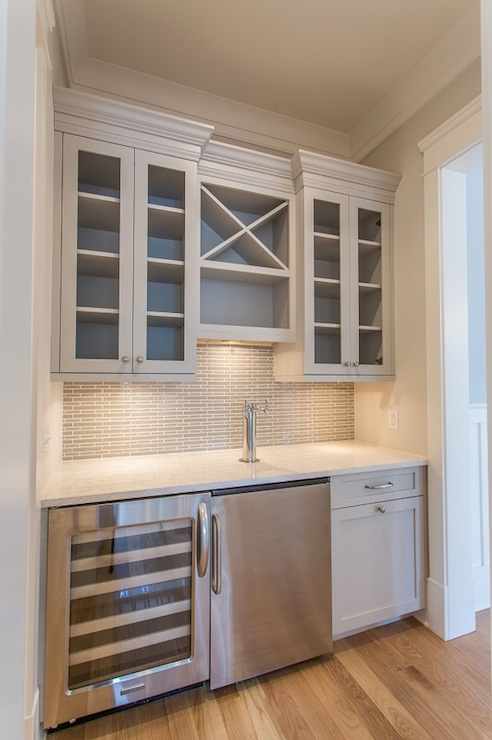 Gray wet bar transitional kitchen benjamin moore for Built in wine bar ideas