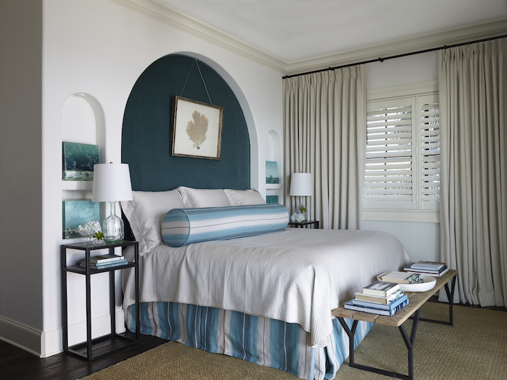 Bed Alcove - Cottage - bedroom - Tracery Interiors