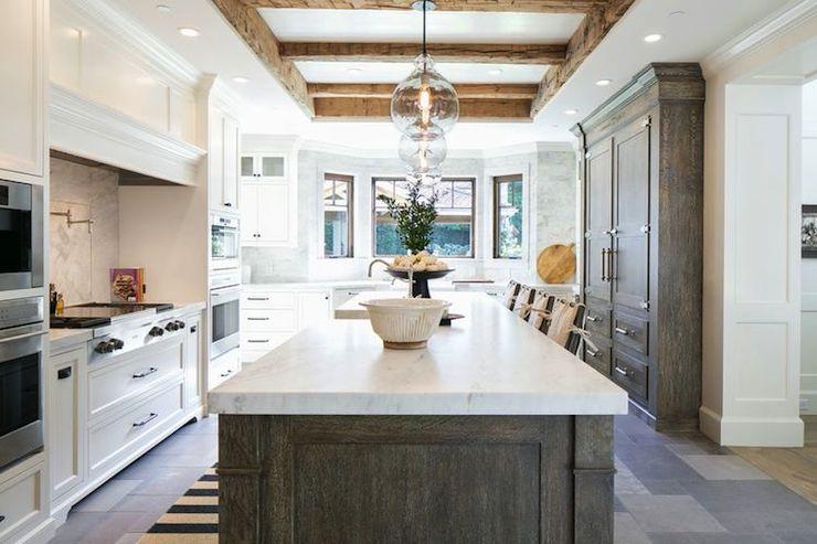 Gray washed kitchen design