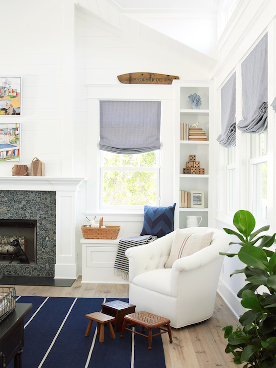 Fireplace Window Seat Cottage Living Room Pratt And Lambert Designer White Coastal Living