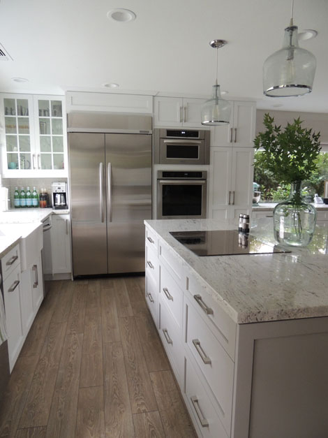 White and gray granite transitional kitchen sherwin for Kitchen floor inspiration