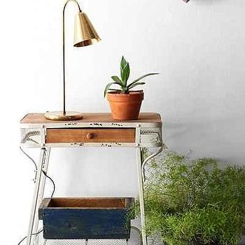 Grayson Entryway Table I Urban Outfitters