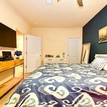 Contemporary, Bedroom