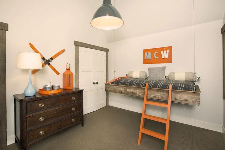 Hanging kids beds cottage boy 39 s room crestwood for Hanging bed construction