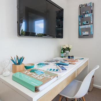 TV Over Desk, Cottage, Den/library/office, Coastal Style