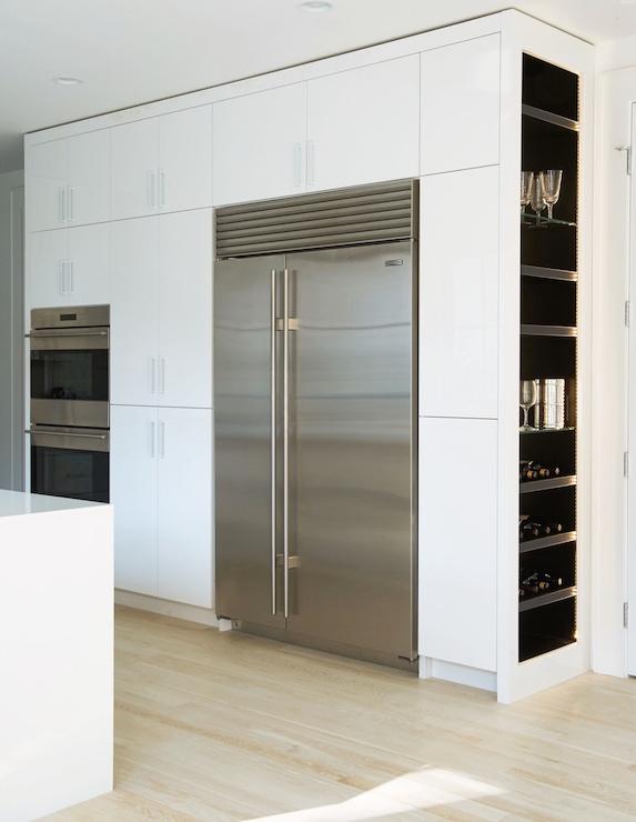 Kitchen with built in wine racks modern kitchen for Built in wine racks for kitchen cabinets