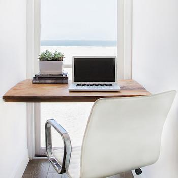 Nook with Floating Desk, Modern, Den/library/office