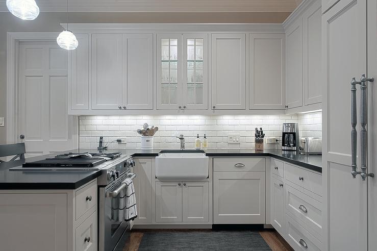 Small U Shaped Kitchen Transitional