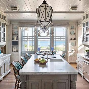 Sunny Kitchen With White Shaker Kitchen Cabinets Kitchen Island With