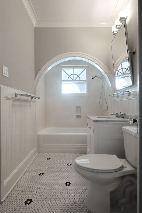 Arched Shower Alcove Transitional Bathroom