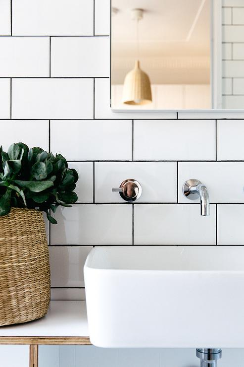 Bathroom with white subway tiles and black grout modern - White subway tile with black grout bathroom ...
