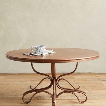 Lazare Table