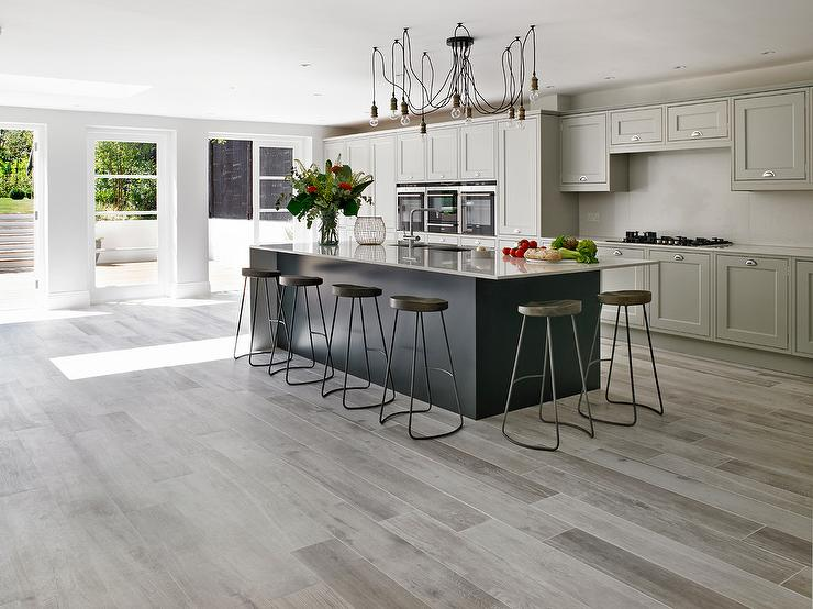 Gray floor tiles kitchen