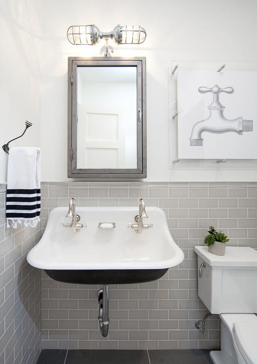 Bathroom Chair Rail Design Ideas