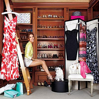 Eva Longoria Shoe Shelves, Closet Ladder And Cute Dog!