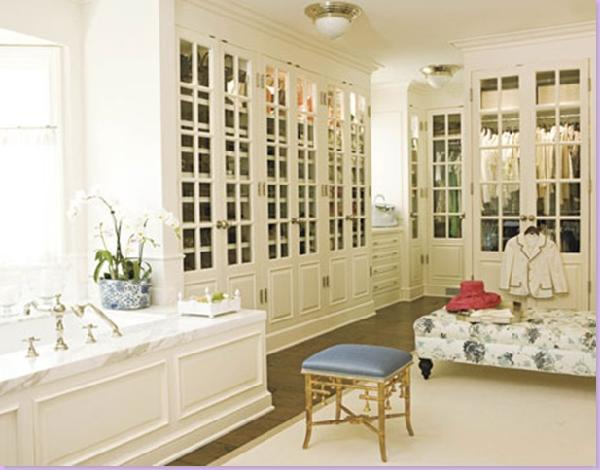 Closet in bathroom design ideas for Master bathroom closet design ideas