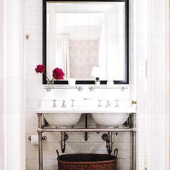 Double Washstand