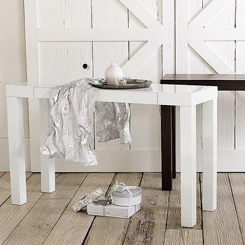 Lachlan Glossy White End Table Overstock Com