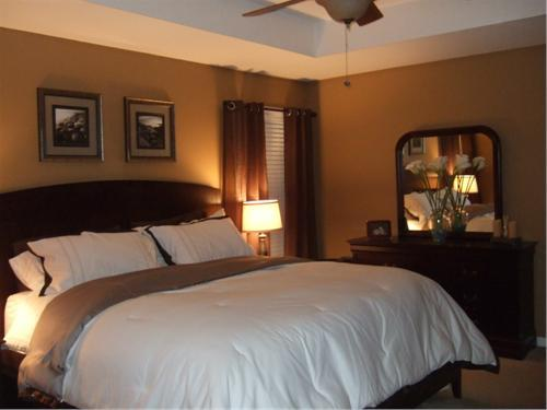 Warm brown and simple master retreat bedrooms rate Brown color bedroom