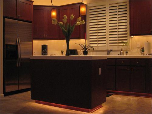 Contemporary kitchen kitchens rate my space hgtv mozeypictures Choice Image