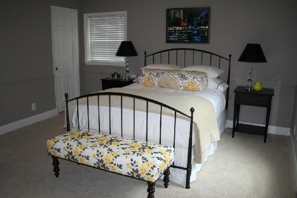 yellow and gray bedroom. yellow gray and blue bedroom features