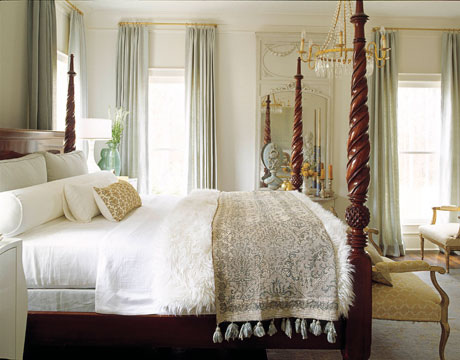 Soft White Bedding Design Ideas
