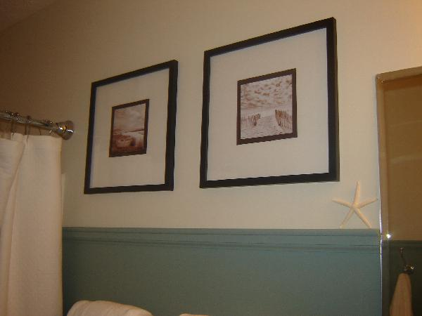 Bathroom art ideas cottage bathroom sherwin williams for Bathroom 4 less review