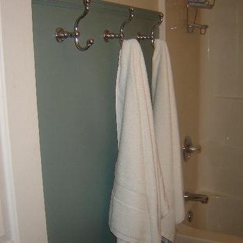 kids bathroom towel hooks design ideas