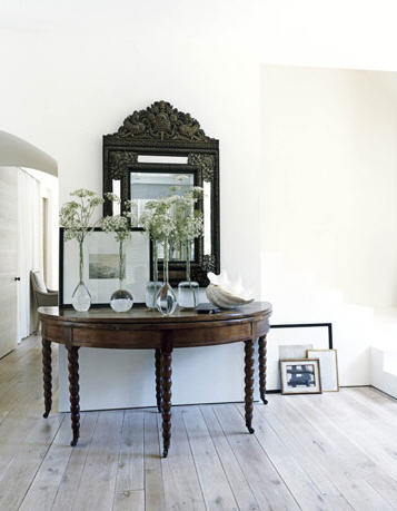 Jumbo Large Entry Console Table! Love The Vases And Large Mirror! Large  Entrance Entryway With Test Tube Like Vases And Birch Wood Floors!