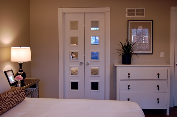 Mirrored Doors Contemporary Bedroom Benjamin Moore