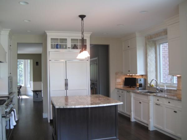 Paint Kitchen Cabinets Black Or White