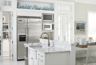 White Kitchen Stainless Appliances 25af2a3ce015