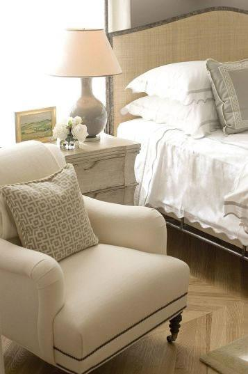 Chair with Caster legs - Transitional - bedroom