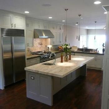Watch moreover Carrara Marble Countertops likewise White Kitchen Cabi s Dark Wood Floors further Khaki Wall Color besides Amanda Teal Design. on backsplash ideas for white kitchen cabinets