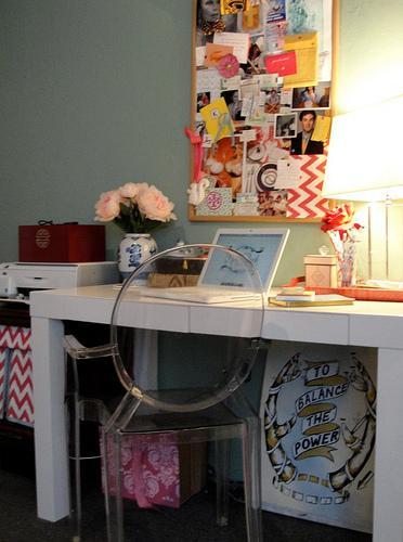 White Parsonsn Desk