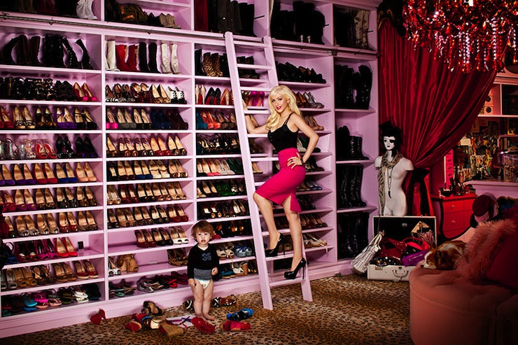 Christina Aguilerau0027s Closet   Leopard Rug Carpet, Red Silk Drapes, Orange  Tufted Ottoman, Red Crystal Chandelier And Pink Painted Built In Shoe  Shelves!
