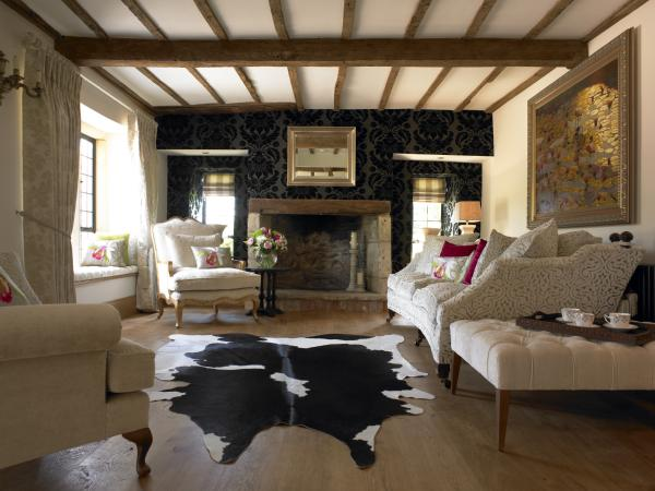 Cowhide rug living