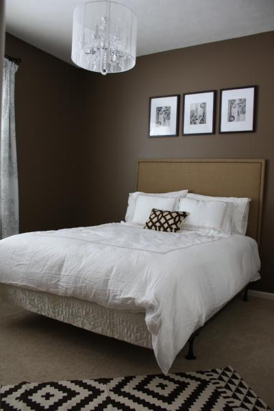 Brown colored walls contemporary bedroom behr mocha for Brown colors for walls